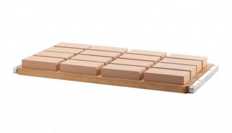 Planche pour machines a beton. Pallet for concrete machine. Bandeja para maquinas de bloques (bloqueras).
